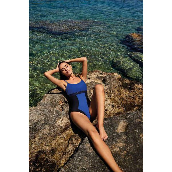 3. Two-tone one-piece swimsuit Blue-Black David