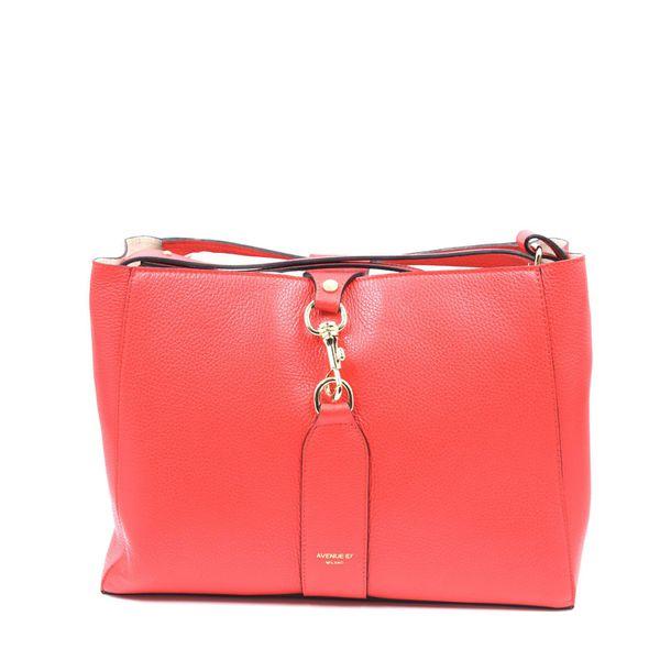 1. Annetta shopping Red Avenue 67