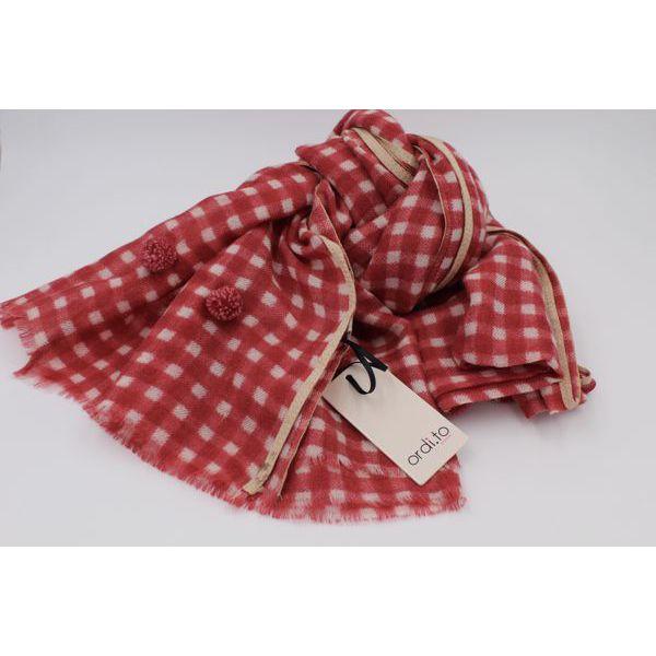 1. Pon pon scarf Red Ordi.to